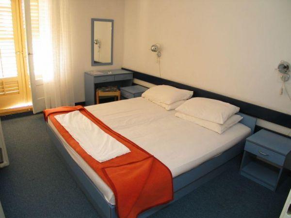 Hotel i depandanse Alem 2**