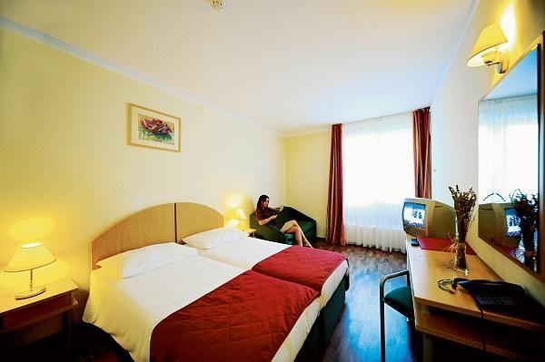Solaris Hotel Jakov 3***