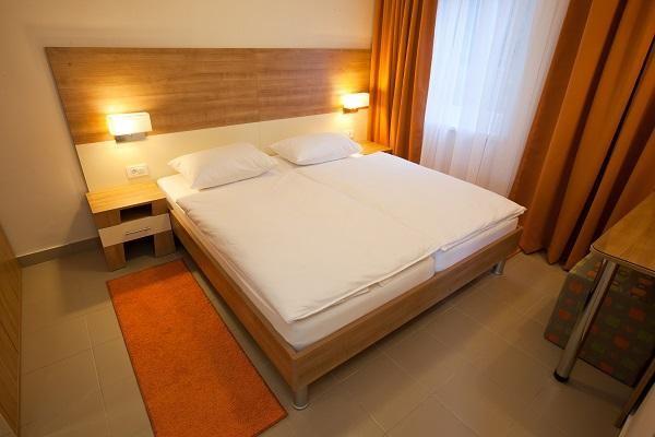 Apartmani Zelena Punta 3***