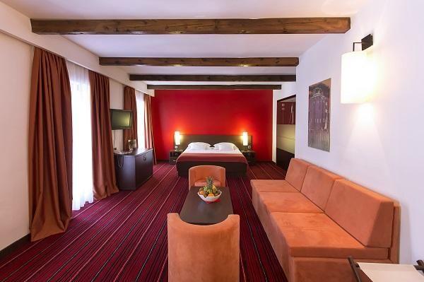 Hotel i depadansa Villa Donat 3/4***/****